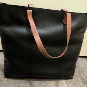 Madewell Black Semi Vegetable-Tanned Leather Bag